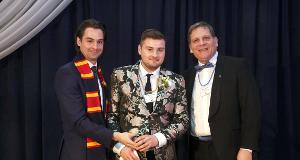 Queen's Student Alumni Association Volunteer of Distinction Award