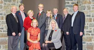 Member of the QUAA's Calgary Branch gathered on November 9 to honour Evan J. Hazell, Sc'81 - 2017 recipient. Photo credit: Mauri