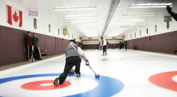 Alumni Curling