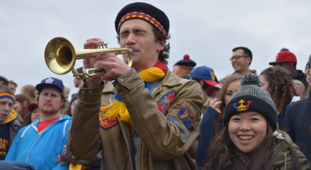 Tricolour Man with Trumpet