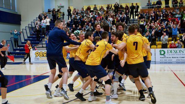 Queen's Men's Volleyball