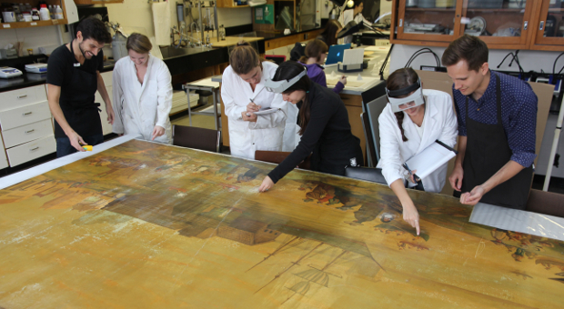 [Art Conservation at Queen's]