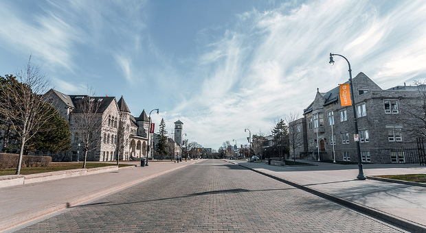A photo of University Avenue on Queen's Campus