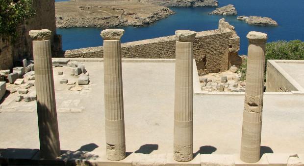 Rhodes columns