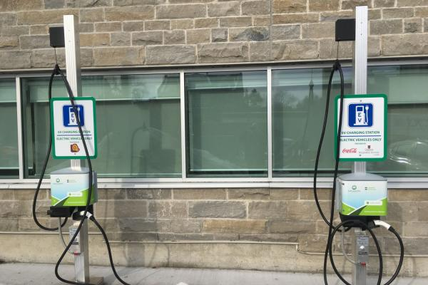 Electric Vehicle Charging Stations at Queen's