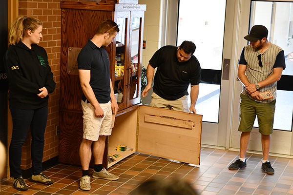 [Queen's Foodshare Cupboard is unveiled at Duncan McArthur Hall]