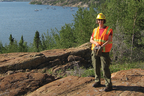 Queen's professor in the Department of Geological Sciences and Geological Engineering named the 2019 winner of the Rick Hutson Mentorship Award.