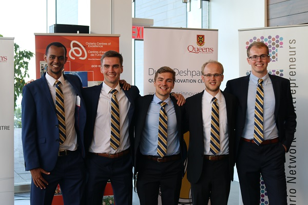 The SpectraPlasmonics team at the Dunin-Deshpande Summer Pitch Competition. L-R: Yusuf Ahmed, Malcome Eade, Christian Baldwin, Tyler Whitney, Ryan Picard.