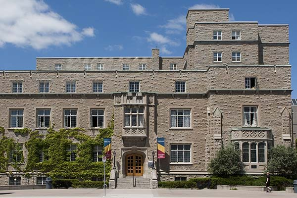 Queen's University's John Deutsch University Centre (JDUC)
