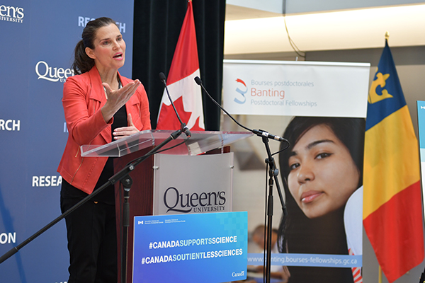 Federal Minister Kirsty Duncan visits Queen's