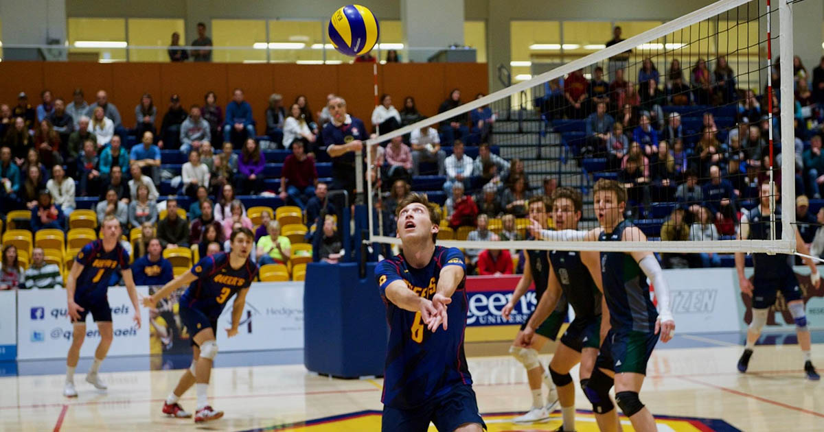 Zane Grossinger of Queen's Gaels men's volleyball team