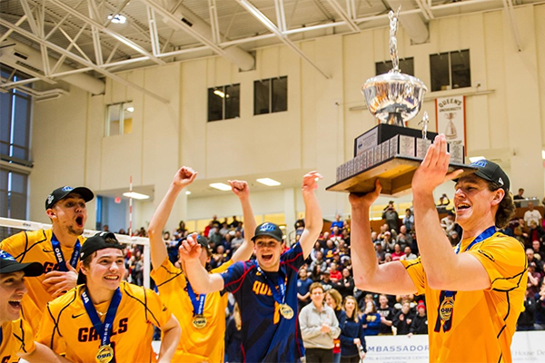 [Gaels celebrate OUA volleyball championship]