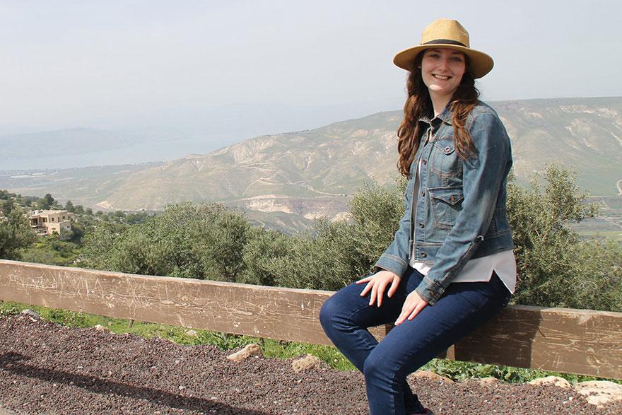 [photo of Elizabeth Woods in Umm Qais in northern Jordan]