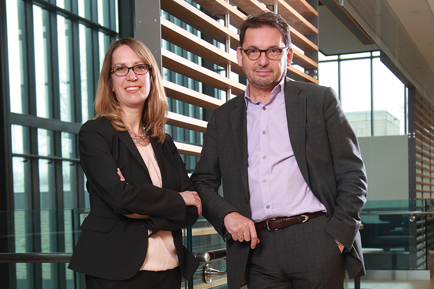[photo of Dr. Kate Harkness and Dr. Roumen Milev: helping doctors treat depression more effectively]