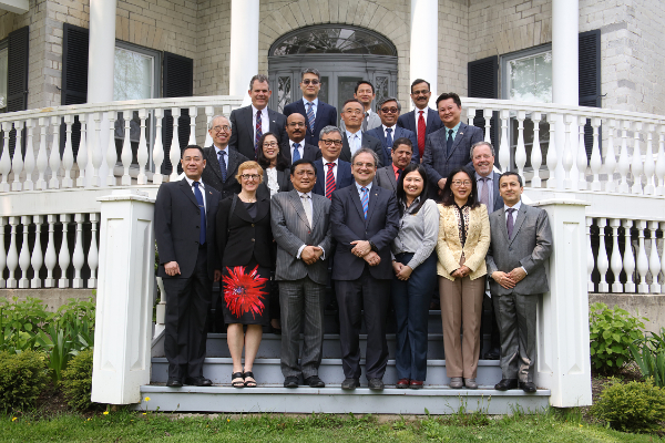 Queen's hosts diplomats from across Asia-Pacific