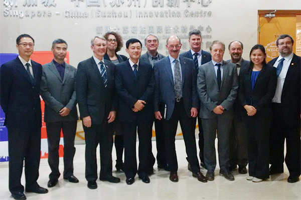 Queen's joins COU delegation to China