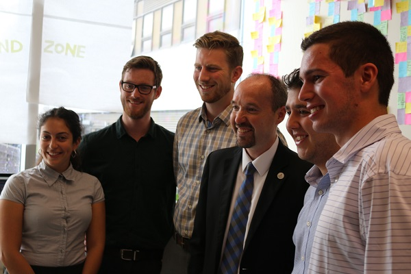 Kingston Mayor Bryan Paterson visits the 2017 Queen's Innovation Centre Summer Initiative (QICSI) participants. (Supplied Photo)