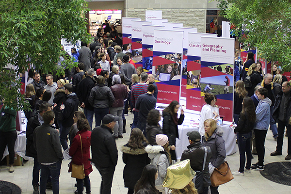 Undergraduate applications to Queen's remain strong