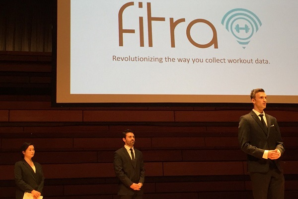 The Fitra team presents at the 2017 Dunin-Deshpande Summer Pitch Competition