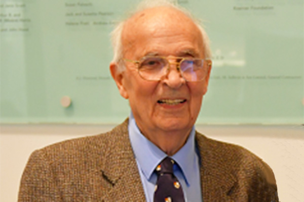 Queen's remembers Professor Emeritus George Ewan