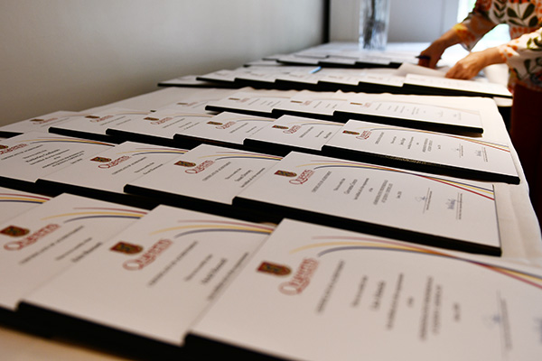 [HR Certificate Plaques]