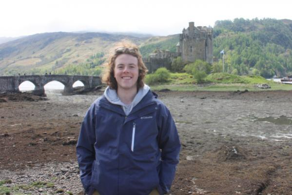 Peer advisers provide crucial link to experiences abroad
