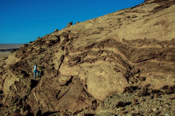 Hot not boring: Mountain building may have looked different a billion years ago