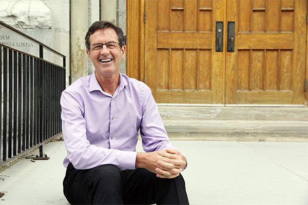 Queen's professor earns 3M honours