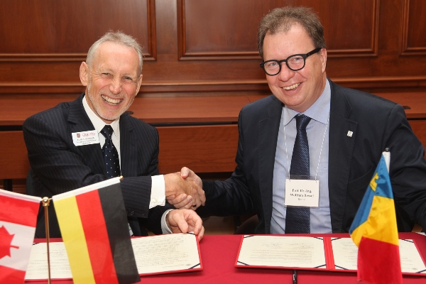 [Queen's and Stuttgart sign memorandum of understanding]