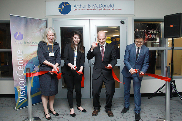 [Arthur B. McDonald Canadian Astroparticle Physics Research Institute opens a Visitor Centre ribbon cutting.]