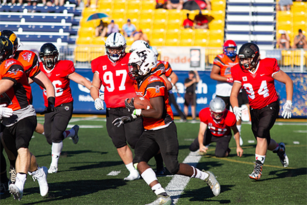 Queen's hosts 2019 Football Canada Cup