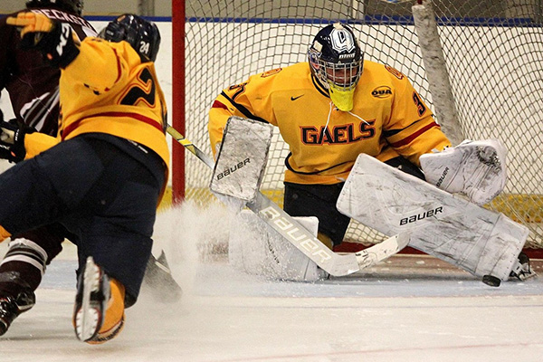Gaels teams finish weekend with a win and a loss each