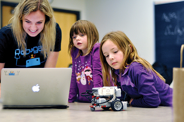 [Robogals outreach with young girls]