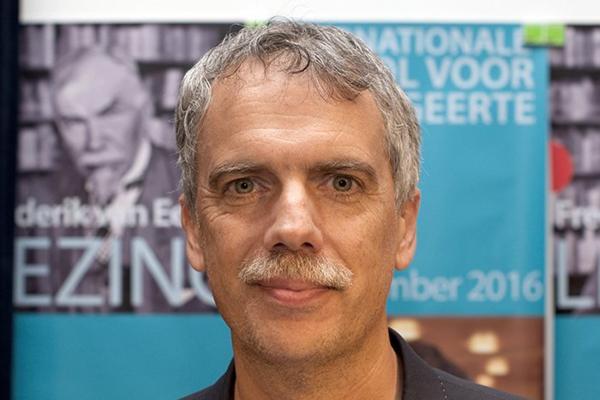 World-renowned philosopher earns Royal Society of Canada award