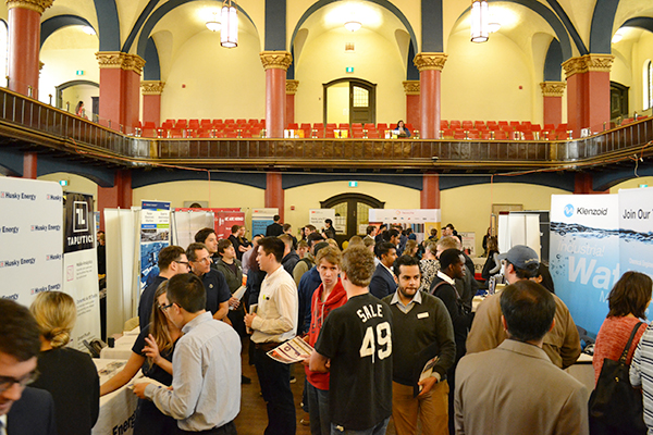 Queen's alumni return to recruit at Fall Engineering & Technology Fair