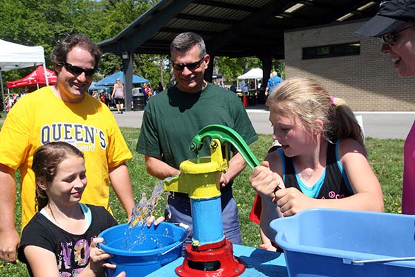 Queen's helps organize first Great Lakes Water Festival