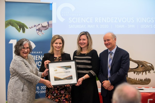 Science outreach wins national award