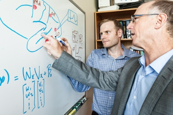 Making waves with groundbreaking brain research