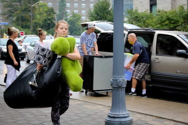 Queen's prepares for Residences move-in day
