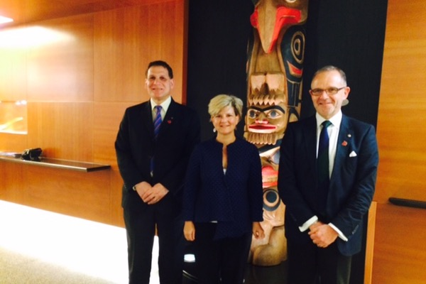 Principal Daniel Woolf and Vice-Principal (Research) Steven Liss meet with Heather Grant (Artsci'89), Canada's High Commissioner to Singapore.