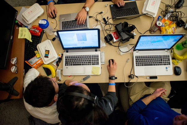 Students 'hack' it at inaugural event   Queen's Gazette