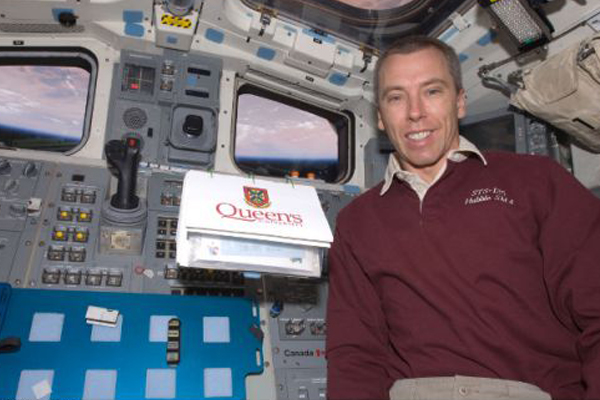 Queen's alumnus Andrew Feustel (PhD'95) has been selected to return to the International Space Station in 2018. This will be his third space mission.