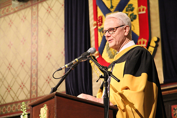 Honorary degree recipient James Rutka (Meds'81) speaks to the graduates from the School of Medicine and School of Nursing during Thursday afternoon's convocation ceremony.