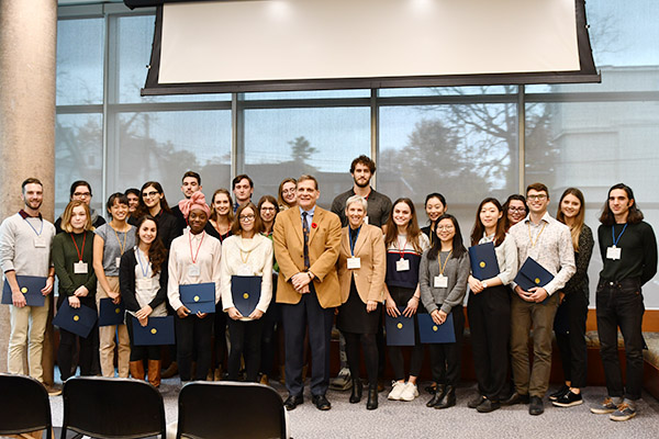 The 2018 cohort of USSRF students.
