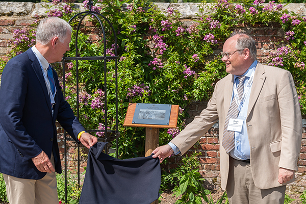 A plaque was unveiled to honour philanthropists Alfred and Isabel Bader. (Photo by Alex Read)