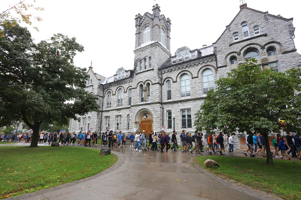 Orientation an introduction to life at Queen's | Queen's