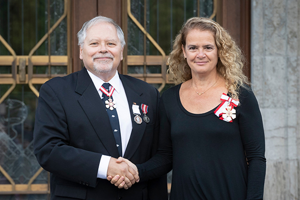 John Smol and Governor General Julie Payette