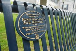 [Queen's Summerhill bench Howie Toda]