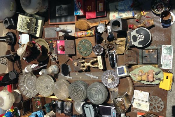 Erotic Archival Entanglements: Flea Markets, Collections, and Preservation in Mexico