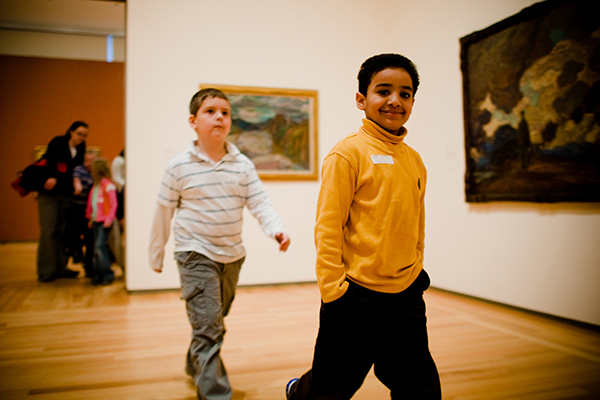 [School age children at gallery]